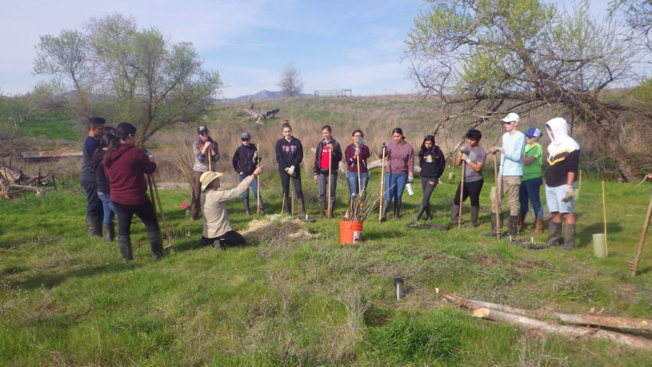 SLEWS participants at Yanci Ranch; © Center for Land-Based Learning
